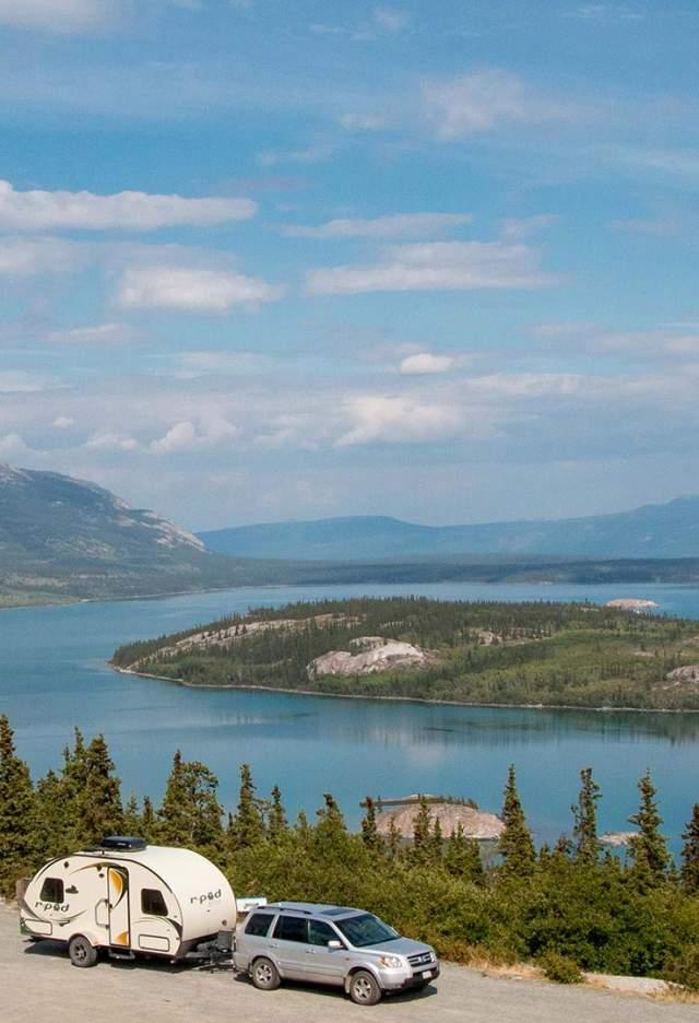 Camper-at-Bove-Island-on-South-Klondike-Hwy-7856