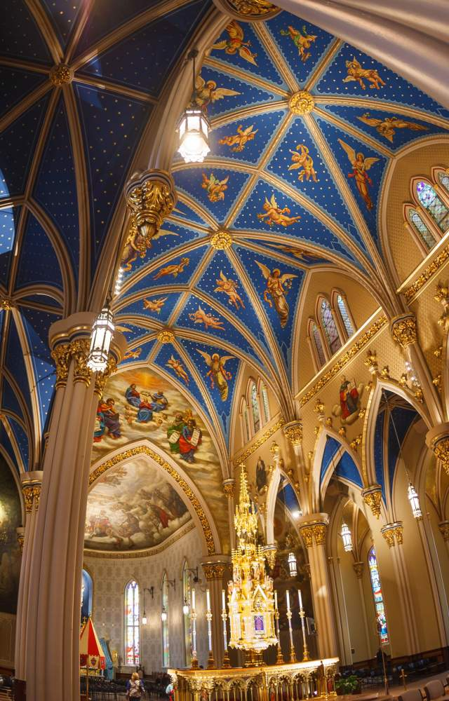 Inside the Basilica at the Universty of Notre Dame