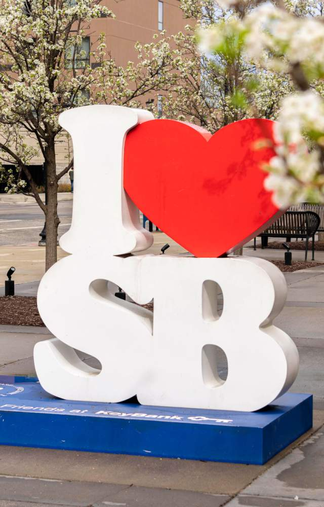 I heart SB sculpture in downtown South Bend