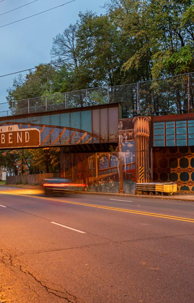 Michigan Street entrance into downtown South Bend with an iconic mural