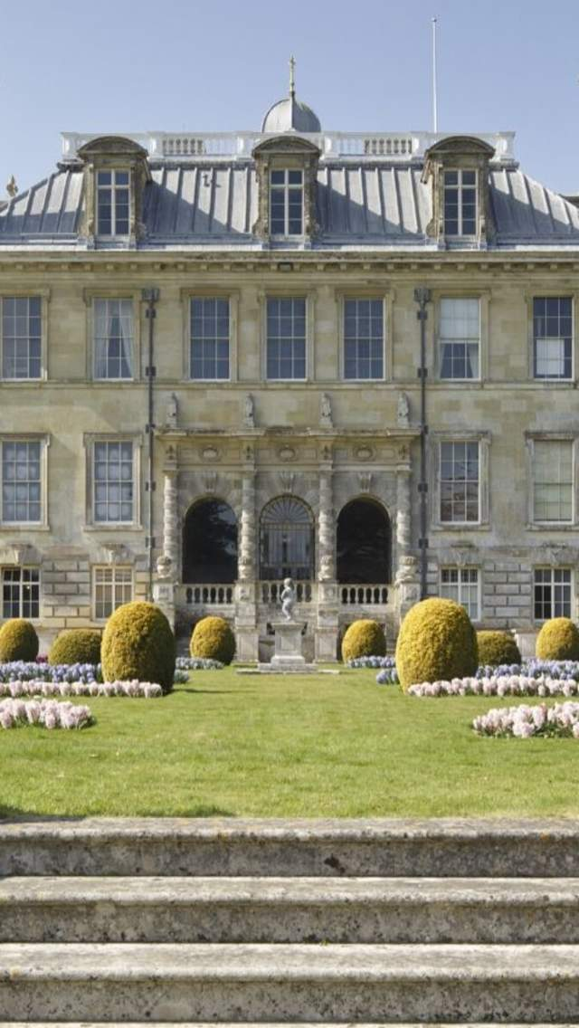 Image of Kingston Lacy from the garden
