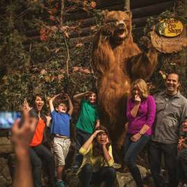 Family Photo with Bass Pro Shop bear