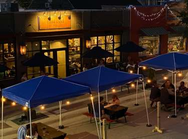 East End Grill Outdoor Dining