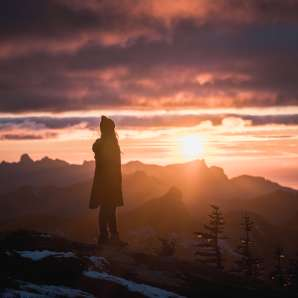 Picture at North Cascades National Park, taken by @HelloEmilie & @JasonCharlesHill during their trip to Bellevue.