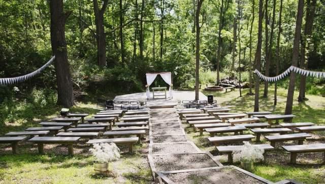 Woldumar Nature Center Outdoor Wedding Venue
