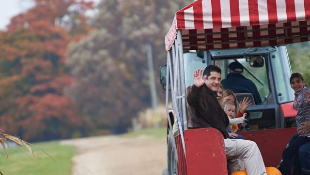 Uncle Johns Cider Mill Hay Ride