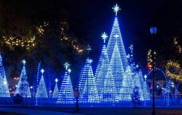 Coastal Christmas - Harbor Lights Winter Festival