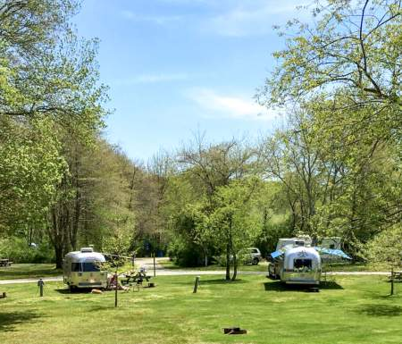 places to stay camping rv