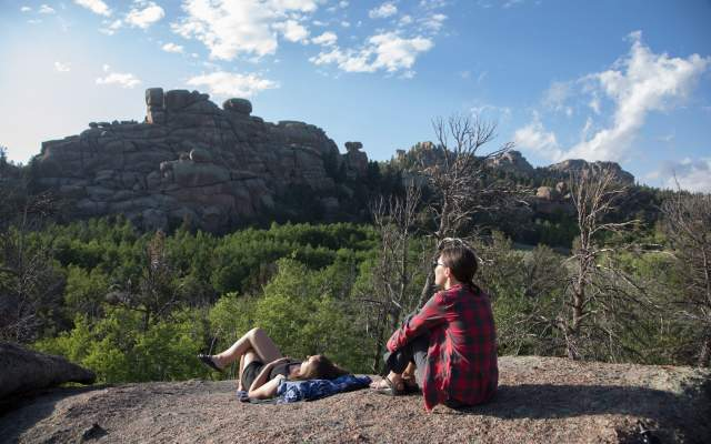 hiking-camping-vedauwoo