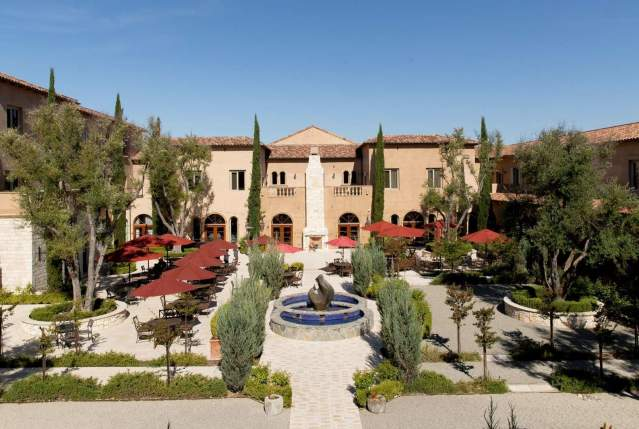 Hotel Courtyard in Paso Robles, CA