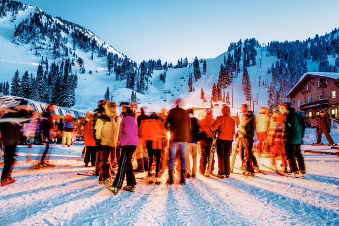 Crowd at a ski competition with lighting exposure effect