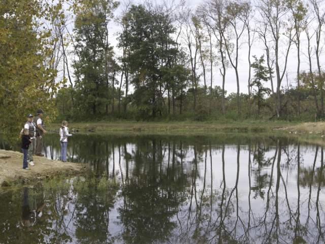 Busch Wildlife fishing