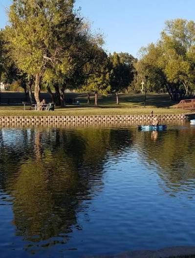 Towne Lake with Kayaks