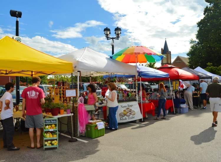 Uptown Umbrella Market - Greenville NC