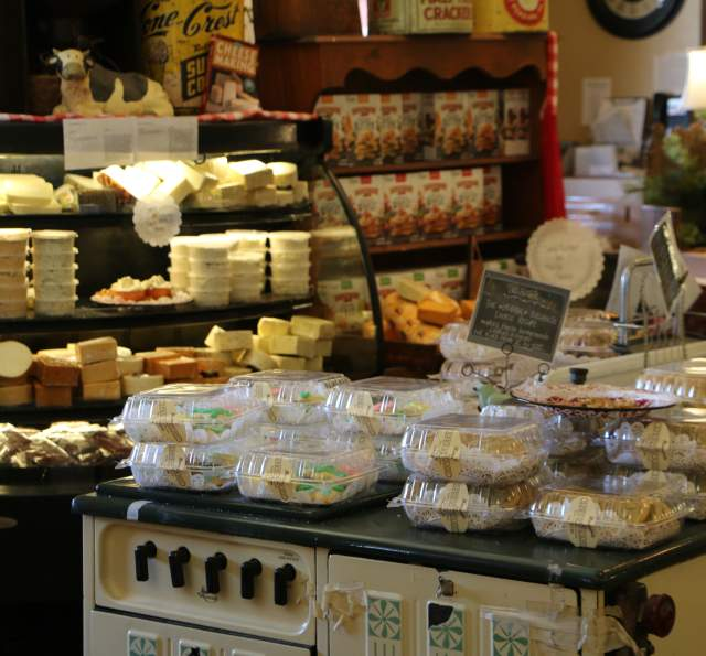 The SpringHouse Country Market and Restaurant