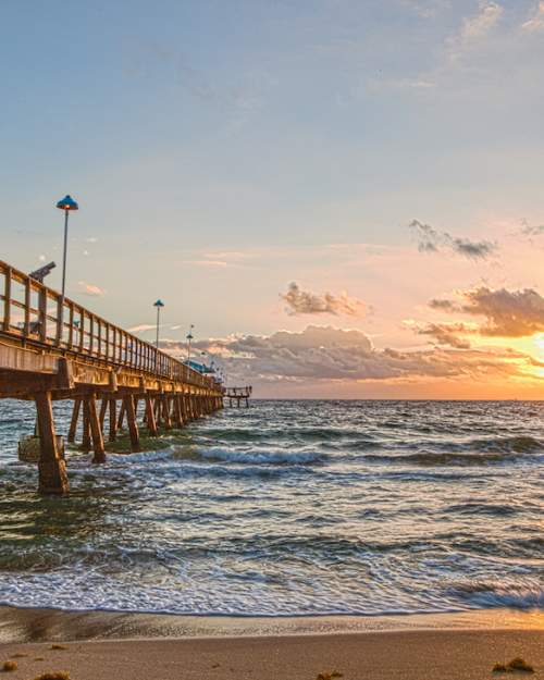 Sunrise at the pier, Lauderdale by the Sea