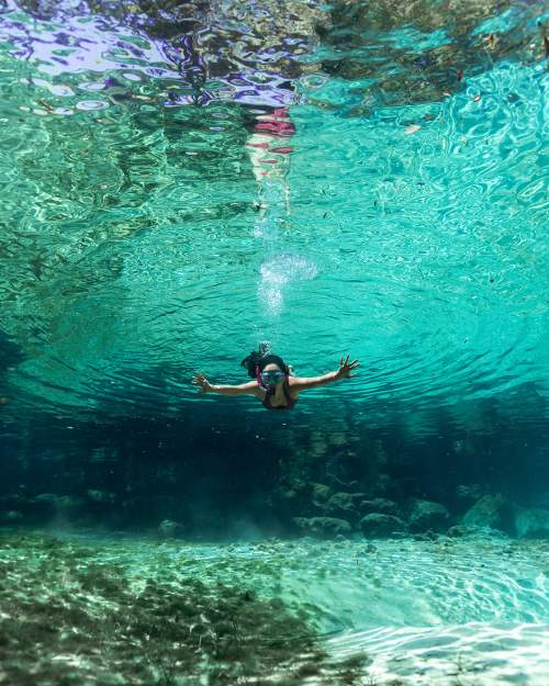 diver underwater7_1987