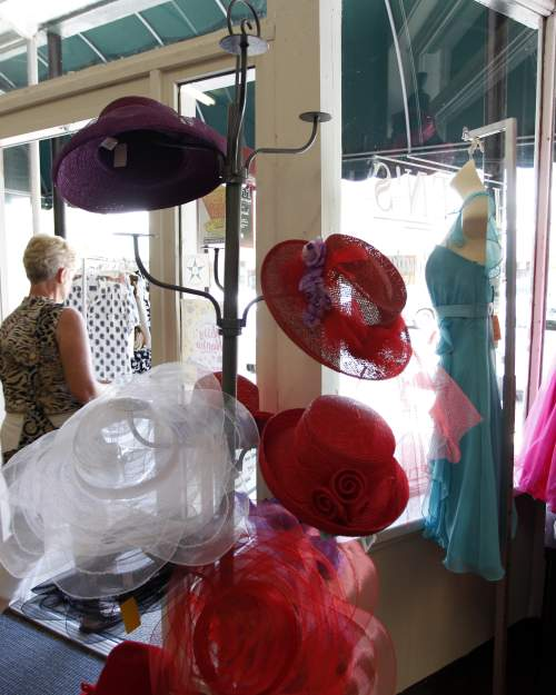 Florida specialty stores and shopping