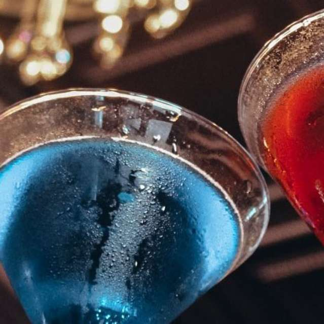 Bars & Pubs - Cocktails at Martini's