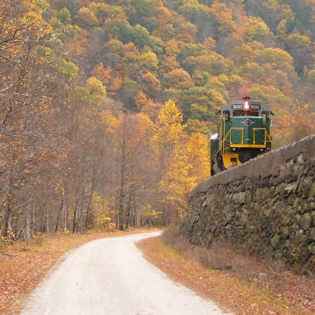 Fall Train Rides in the Pocono Mountains
