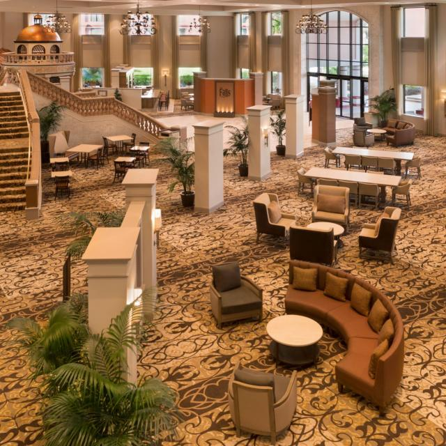 Caribe Royale All-Suite Hotel & Convention Center lobby