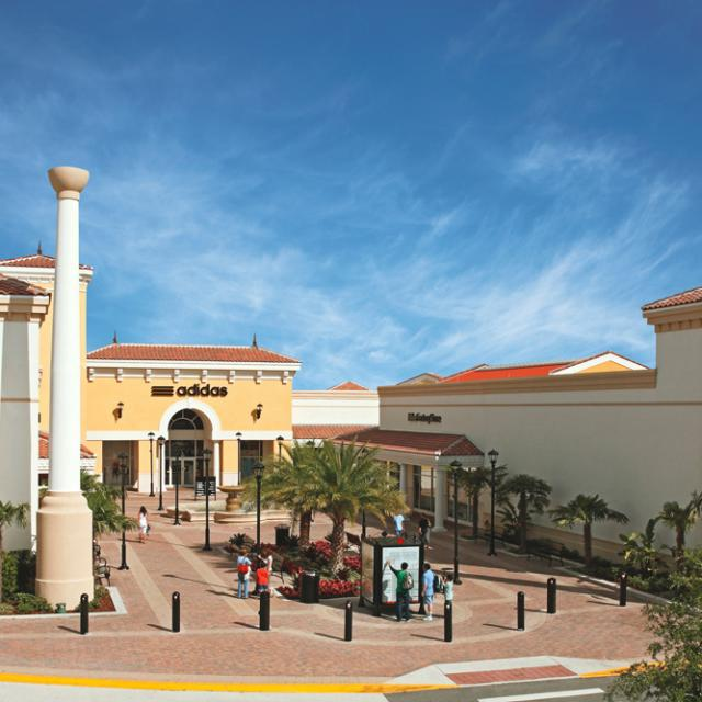Orlando International Premium Outlets® Adidas entrance