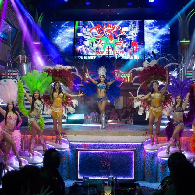 Mango's Tropical Cafe Orlando Samba dancers