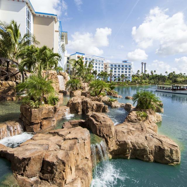Loews Sapphire Falls Resort at Universal Orlando™ waterfall and lagoon