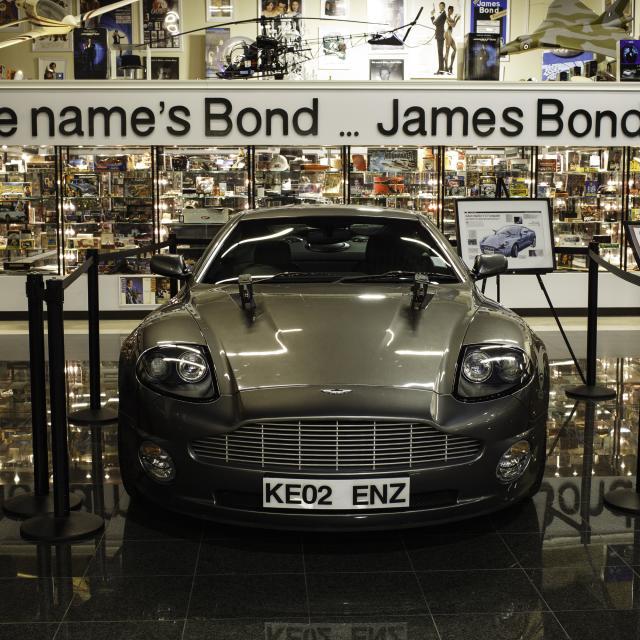 Bond Lounge & Exhibit at Dezerland Park Orlando bond museum