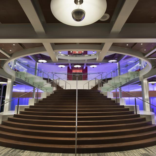 Dr. Phillips Center for the Performing Arts Della Phillips Grand Lobby