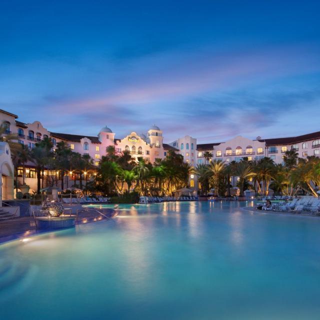 Hard Rock Hote®l at Universal Orlando™ pool at night
