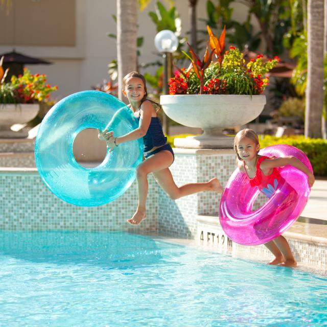 Hilton Orlando Lake Buena Vista pool kids