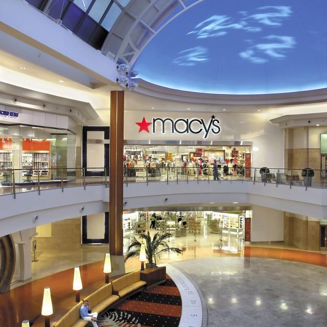 Macy's Millenia interior entrance