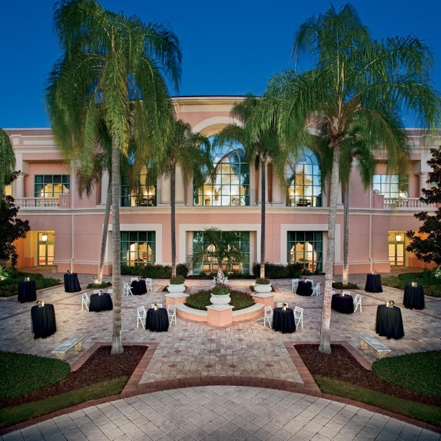 JW Marriott Orlando, Grande Lakes exterior terrace