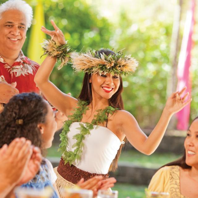 Wantilan Luau - Loews Royal Pacific Resort hula dancer