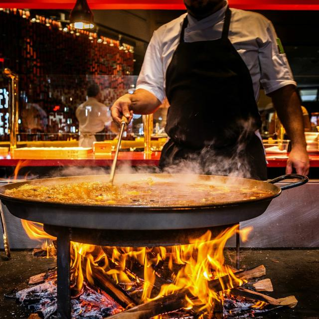 JALEO at Disney Springs preparing Paella