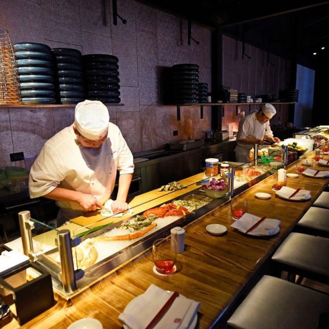 chef preparing sushi at Morimoto Asia