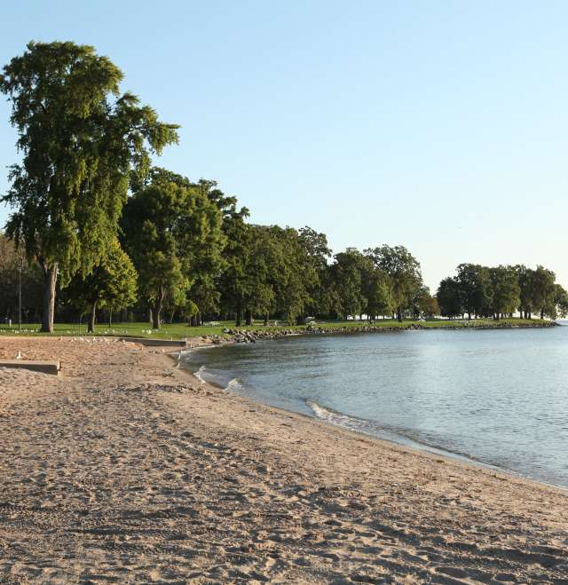 Menominee Park Beach