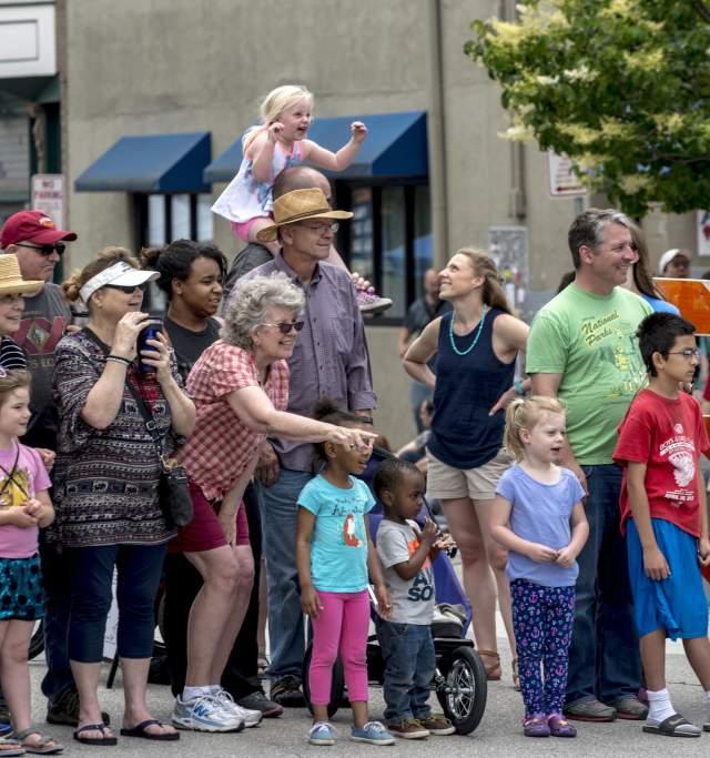 Lawrence Busker Festival in Downtown Lawrence