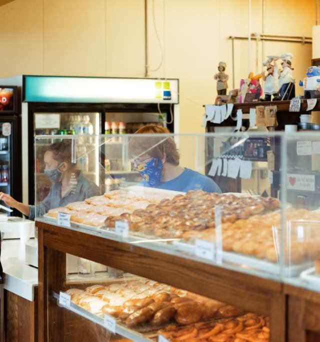 Munchers Bakery in Lawrence Kansas