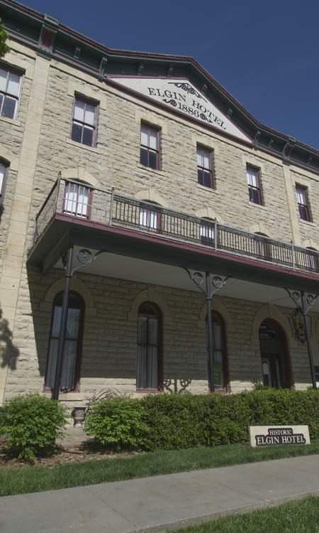 Flint Hills Hotel