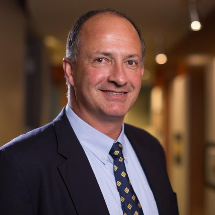Headshot for 2021 Visit Orlando Board of Director Robert Miles, President, Bags