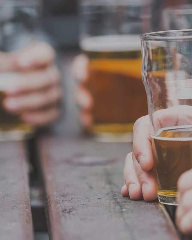 Taverns & Bars Beer
