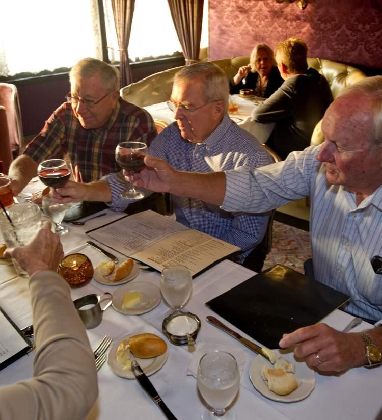 Seniors toasting at Hobnob