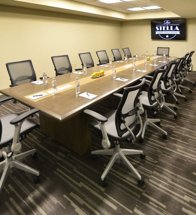 Stella - Meeting Space