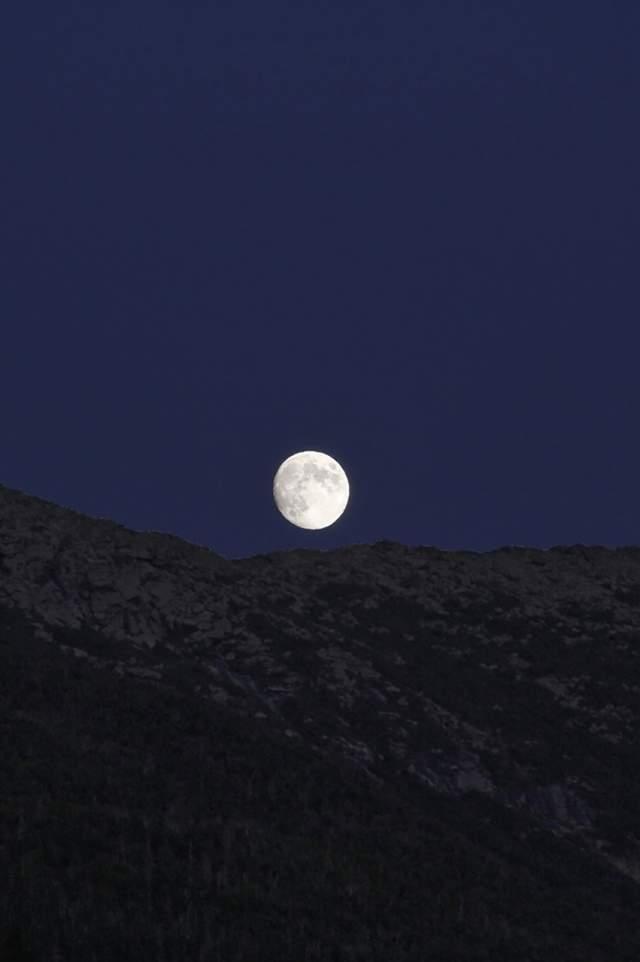 White Mountains Blue Moon