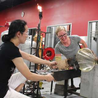 Glass Artist Courtney Dodd at Work