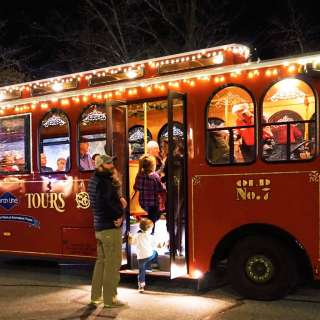 Holly Jolly Christmas Trolley