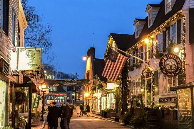 Bowen's Wharf Christmas