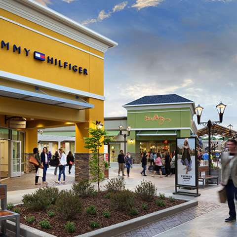 Outlets & Shopping Centers